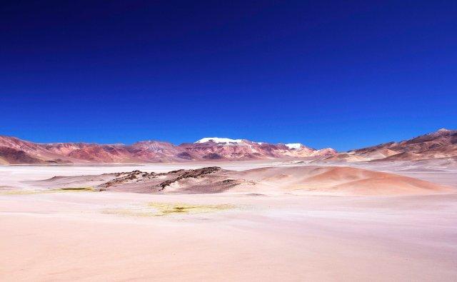 enorme cratera do Vulcão Galán, mais de 5 mil metros de altitude, Puna Argentina